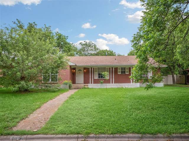 3434 Silverwood Lane, Dallas, TX 75233 (MLS #14591637) :: The Chad Smith Team