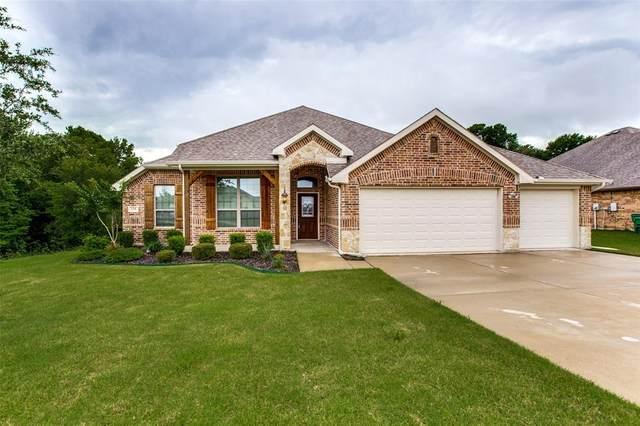 135 Fieldview Drive, Crandall, TX 75114 (MLS #14591685) :: VIVO Realty