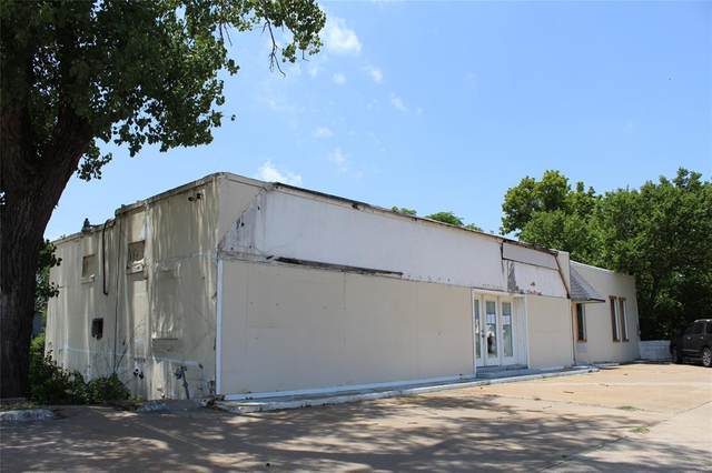 409 N Main Street, Weatherford, TX 76086 (MLS #14592132) :: Real Estate By Design