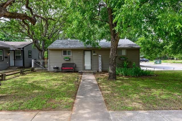 402 W Highland Street, Denton, TX 76201 (MLS #14592329) :: The Mauelshagen Group