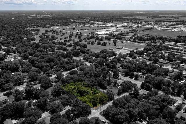 302 Arledge Street, Bonham, TX 75418 (MLS #14592642) :: 1st Choice Realty