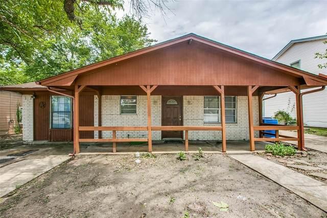 310 Jagoe Street, Krum, TX 76249 (MLS #14592799) :: Real Estate By Design