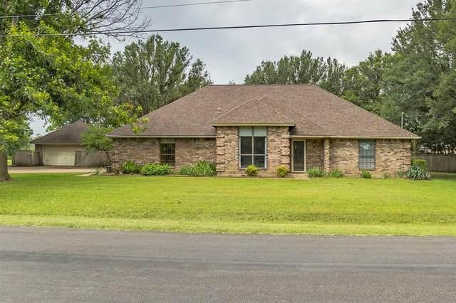 908 Crystal Lane, Crowley, TX 76036 (MLS #14592817) :: Keller Williams Realty