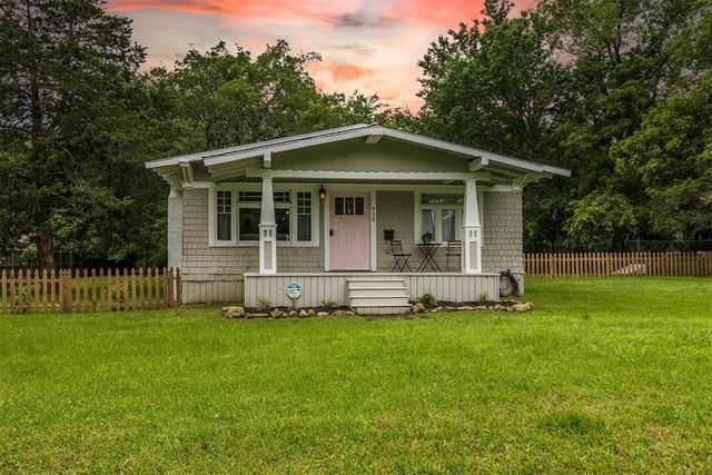 908 W Walker Street, Denison, TX 75020 (MLS #14592830) :: VIVO Realty