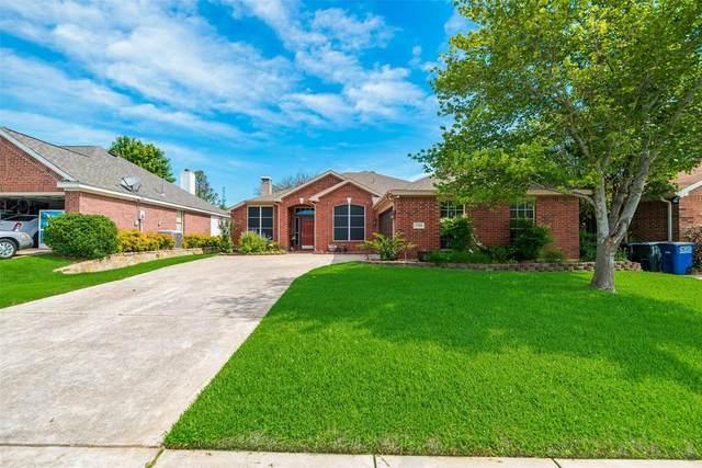 1709 Nightingale Lane, Corinth, TX 76210 (MLS #14592985) :: The Mauelshagen Group