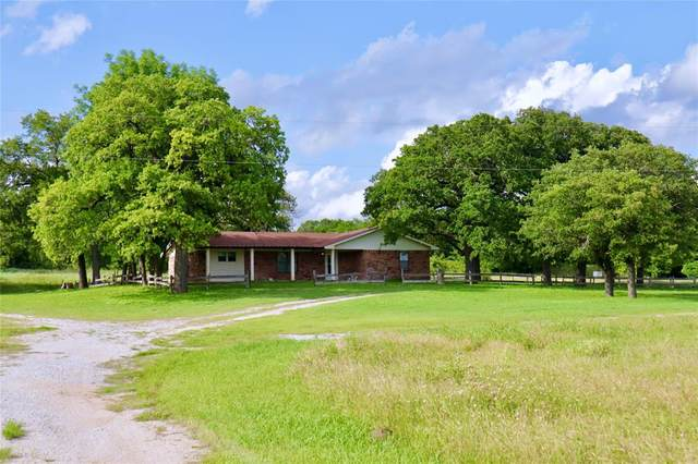1050 County Road 1596, Alvord, TX 76225 (MLS #14593137) :: The Chad Smith Team