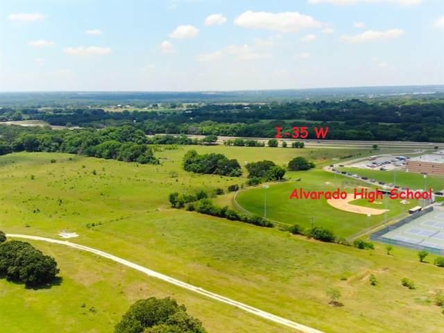 1303 S Parkway Drive, Alvarado, TX 76009 (MLS #14593734) :: Frankie Arthur Real Estate