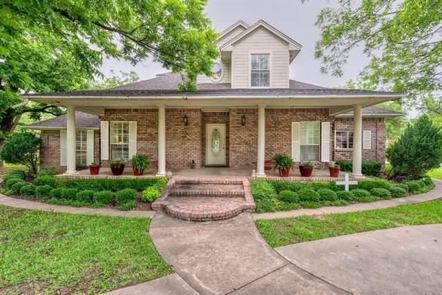 9520 Monticello Drive, Granbury, TX 76049 (MLS #14593914) :: VIVO Realty