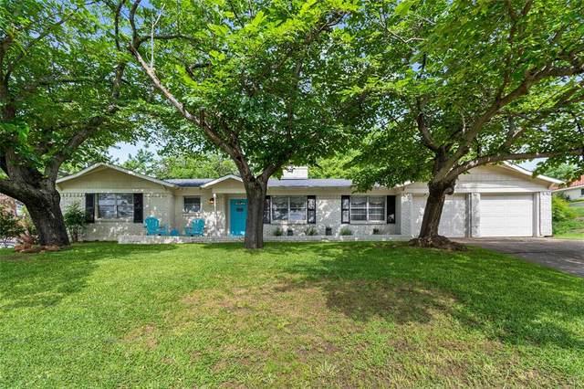 4817 Holiday Lane, North Richland Hills, TX 76180 (MLS #14594201) :: VIVO Realty