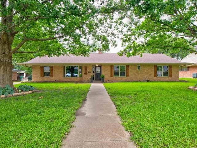 1405 Yarborough Drive, Sherman, TX 75092 (MLS #14594254) :: Real Estate By Design