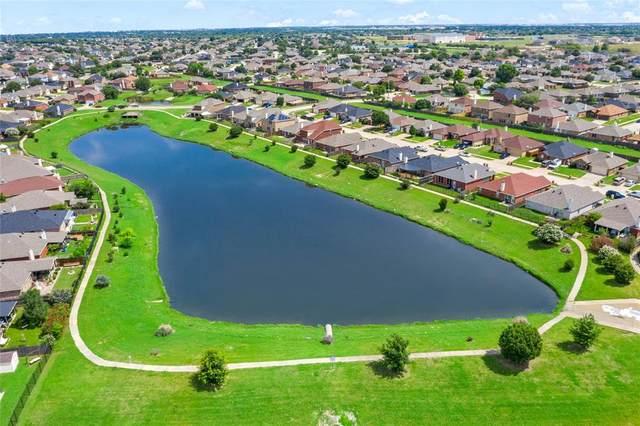7424 Lake Front Trail, Arlington, TX 76002 (MLS #14594429) :: VIVO Realty