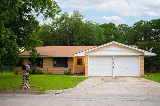 1607 Oakland Terrace, Brownwood, TX 76801 (MLS #14594589) :: Wood Real Estate Group