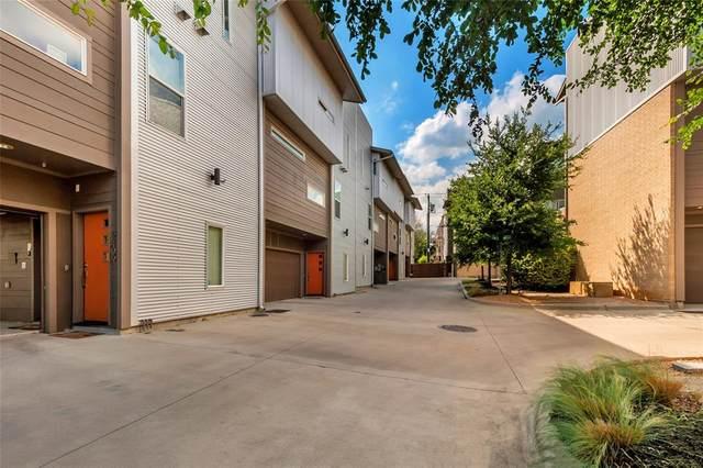 2441 Thatcher Drive, Dallas, TX 75206 (MLS #14594646) :: The Chad Smith Team