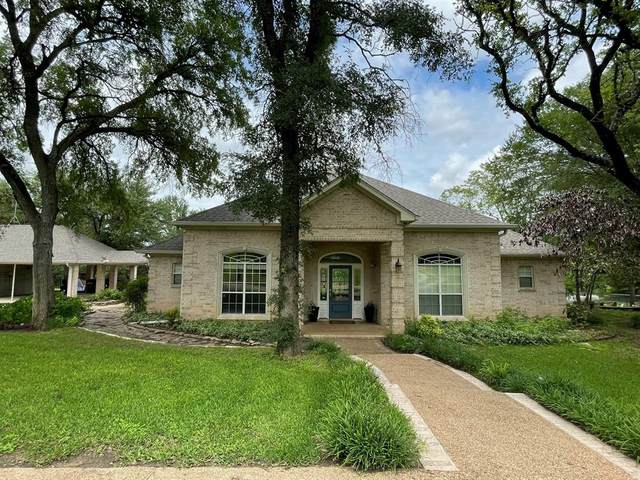 2475 Culpepper Lane, China Spring, TX 76633 (#14595007) :: Homes By Lainie Real Estate Group