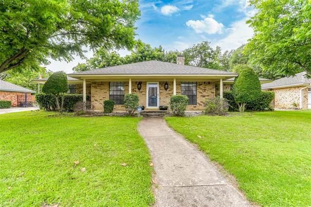 1100 Briarcliff Drive, Arlington, TX 76012 (MLS #14595454) :: Real Estate By Design