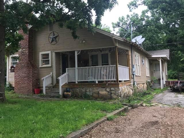 605 W Long Street, Stephenville, TX 76401 (MLS #14595477) :: The Hornburg Real Estate Group