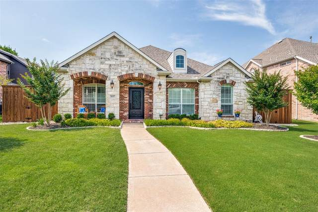 2117 Barret Drive, Frisco, TX 75033 (MLS #14595544) :: The Mitchell Group