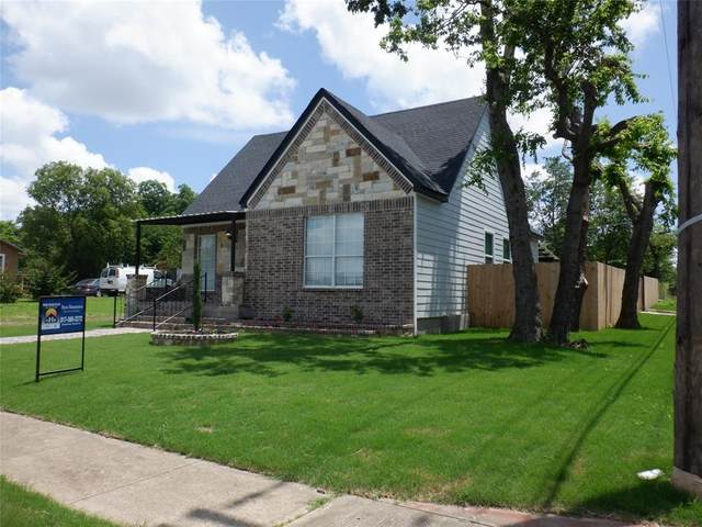 2900 Thannisch Avenue, Fort Worth, TX 76105 (MLS #14595826) :: The Heyl Group at Keller Williams
