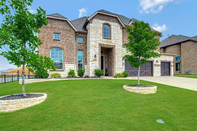 2501 Winners Circle, Heath, TX 75126 (MLS #14595900) :: The Good Home Team