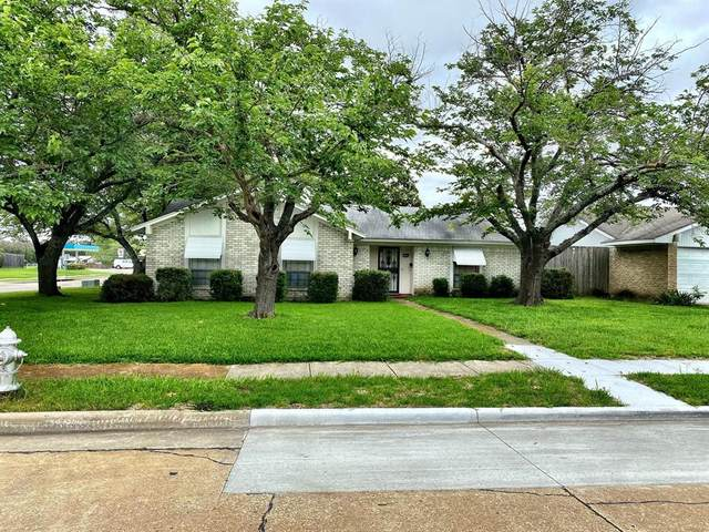 1122 Sunset Drive, Garland, TX 75040 (MLS #14596247) :: Real Estate By Design