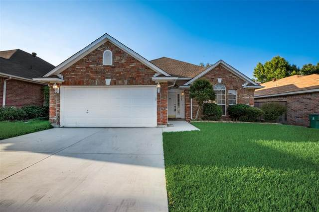 955 Grasswood Court, Arlington, TX 76017 (MLS #14596319) :: Real Estate By Design