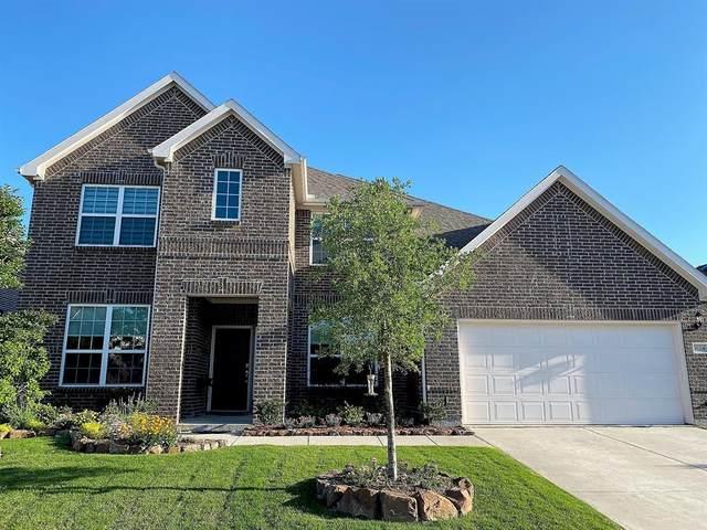 1624 Millican Lane, Aubrey, TX 76227 (MLS #14596437) :: Russell Realty Group