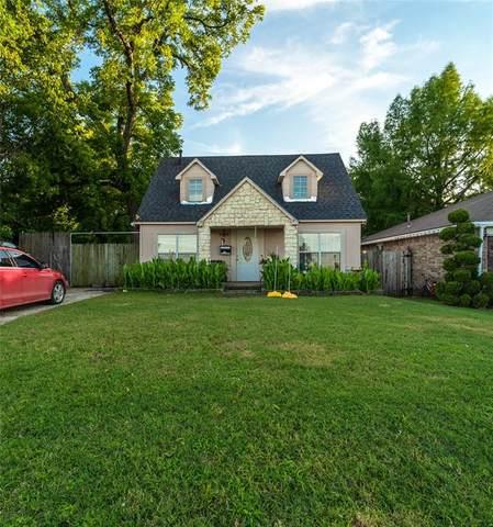 7111 Denton Drive, Dallas, TX 75235 (MLS #14596534) :: The Rhodes Team