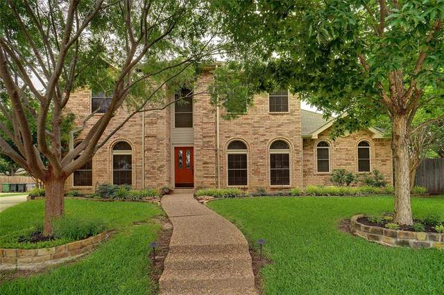7813 Bursey Court, North Richland Hills, TX 76182 (MLS #14596650) :: VIVO Realty