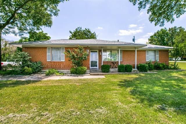 302 N Lyndalyn Avenue, Desoto, TX 75115 (MLS #14596726) :: Keller Williams Realty