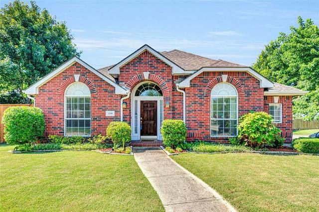 3300 Bluegrass Drive, Plano, TX 75074 (MLS #14597316) :: The Good Home Team