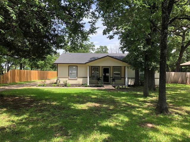 207 Comanche Drive, Lake Kiowa, TX 76240 (MLS #14597534) :: Real Estate By Design