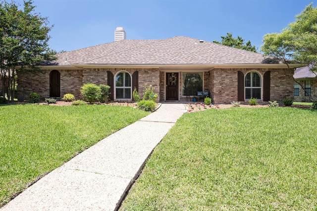 2209 Chula Vista Drive, Plano, TX 75023 (MLS #14597695) :: Robbins Real Estate Group
