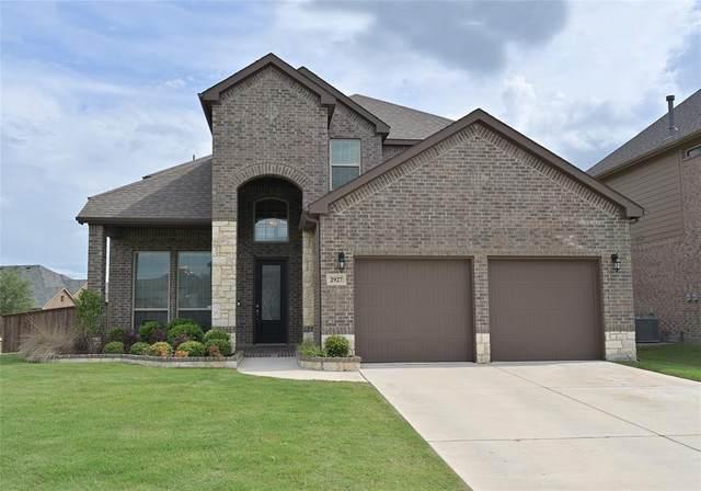 2927 Wood Lake Trail, Grand Prairie, TX 75054 (MLS #14597756) :: EXIT Realty Elite