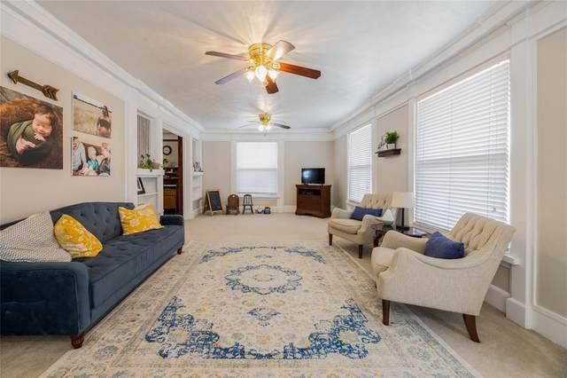 814 Dalworth Street, Grand Prairie, TX 75050 (#14597839) :: Homes By Lainie Real Estate Group