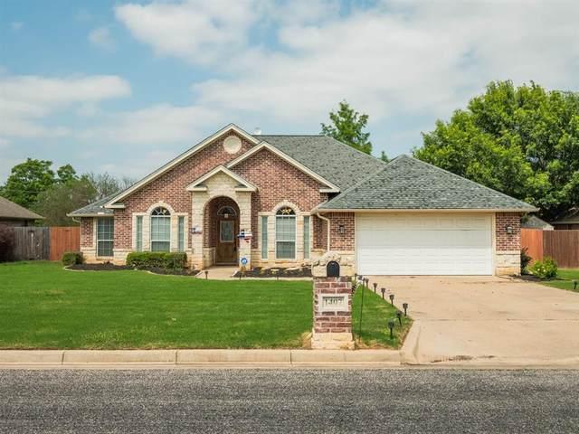 1407 Glenwood Drive, Stephenville, TX 76401 (MLS #14597947) :: The Hornburg Real Estate Group