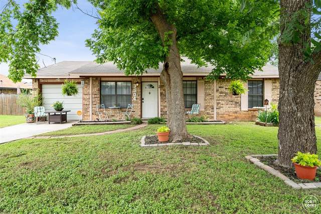 3504 Golding Road, Brownwood, TX 76801 (MLS #14597993) :: The Chad Smith Team
