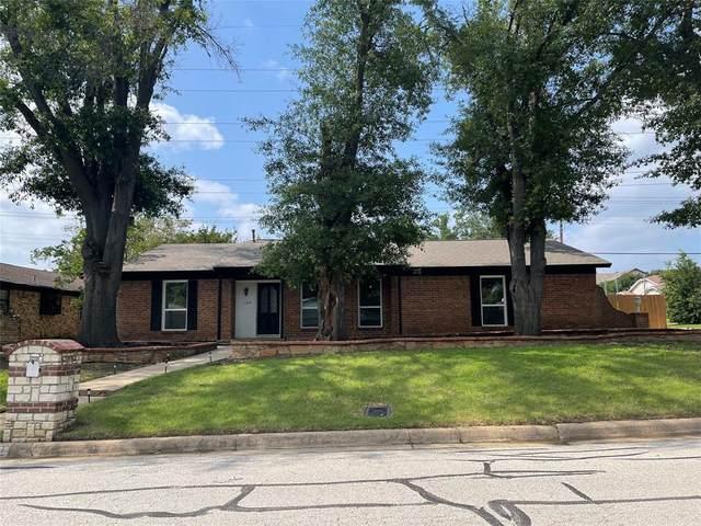 1109 Spring Brook Drive, Bedford, TX 76021 (MLS #14598084) :: Real Estate By Design