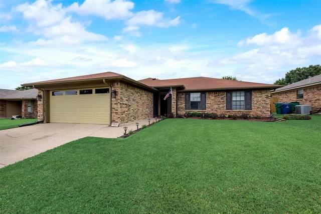6625 Willow View Drive, Watauga, TX 76148 (MLS #14598218) :: VIVO Realty