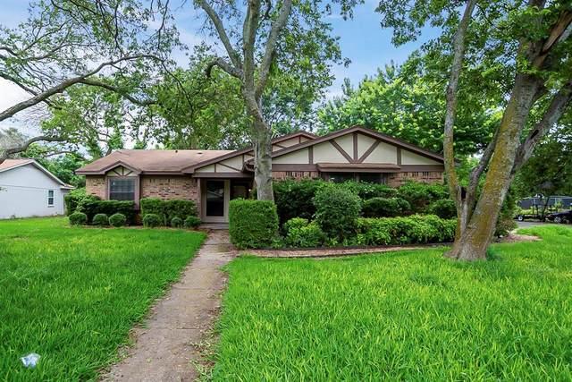 1300 Tobie Layne Street, Benbrook, TX 76126 (MLS #14598325) :: Rafter H Realty