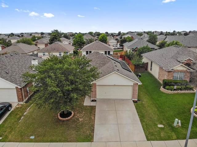 813 Rio Bravo Drive, Fort Worth, TX 76052 (MLS #14598408) :: Real Estate By Design