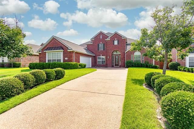 3216 Tearose Drive, Richardson, TX 75082 (MLS #14598916) :: The Property Guys