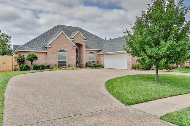 8128 Lost Maple Drive, North Richland Hills, TX 76182 (MLS #14599216) :: Craig Properties Group