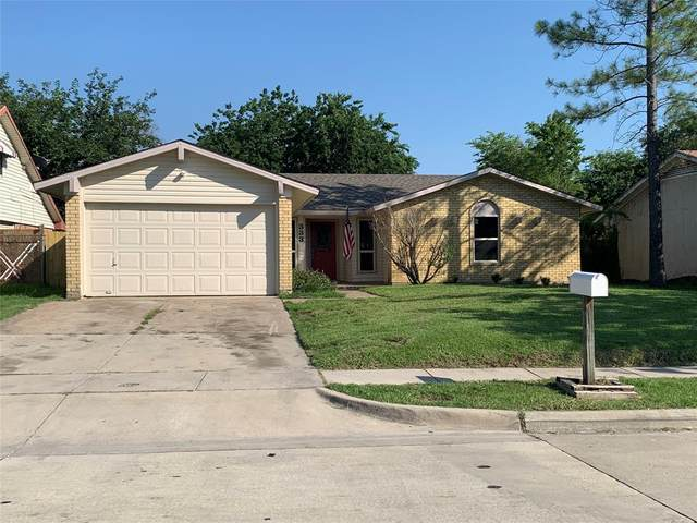333 E Springdale Lane, Grand Prairie, TX 75052 (MLS #14599365) :: EXIT Realty Elite