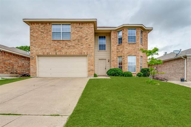10208 Scurry Court, Fort Worth, TX 76108 (MLS #14599451) :: The Heyl Group at Keller Williams