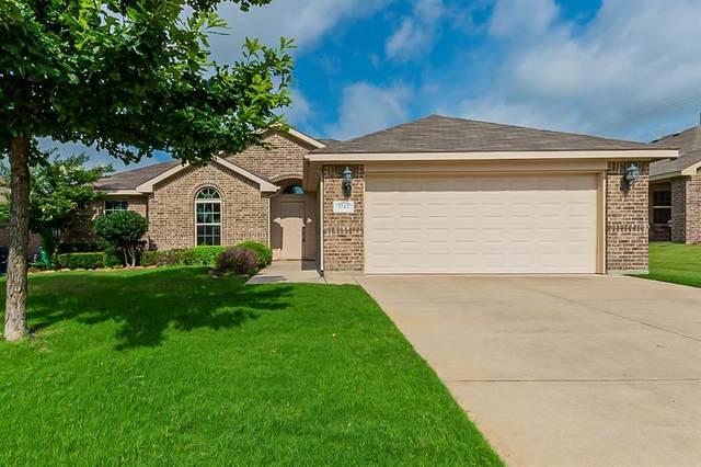 3713 Fallmeadow Street, Denton, TX 76207 (MLS #14599831) :: The Mauelshagen Group