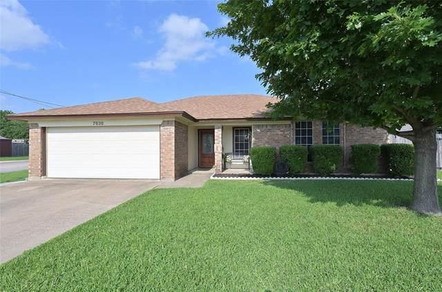 7636 Maplehill Road, Watauga, TX 76148 (MLS #14599995) :: Real Estate By Design