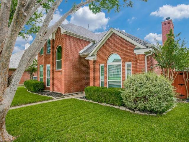 1617 Glenmore Drive, Lewisville, TX 75077 (MLS #14600062) :: The Mauelshagen Group