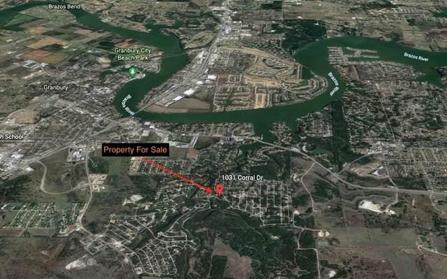 1031 Corral Drive, Granbury, TX 76048 (MLS #14600078) :: EXIT Realty Elite
