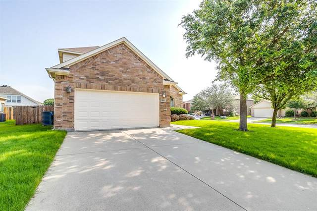 1100 Beaverwood Lane, Crowley, TX 76036 (MLS #14600221) :: VIVO Realty