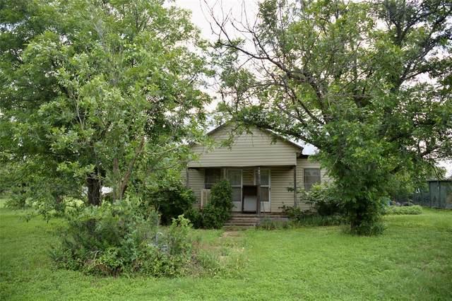 705 S 4th, Bangs, TX 76823 (MLS #14600303) :: Real Estate By Design